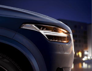Volvo-headlight-led