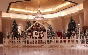 Karácsonyi hangulat az Emirates Palace-ban