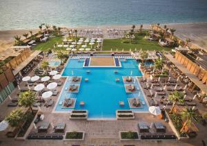 Rixos Premium JBR Dubai, úszómedence