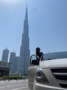 Dubai transzfer tiszta autó