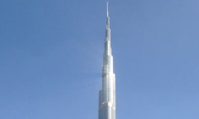 Burj Khalifa vs Buckingham Palace