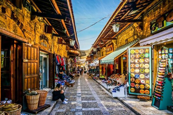 Dubai Merits and Demerits - Dubai Cheap Shopping Markets