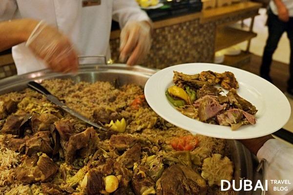 ramadan dubai liwan restaurant