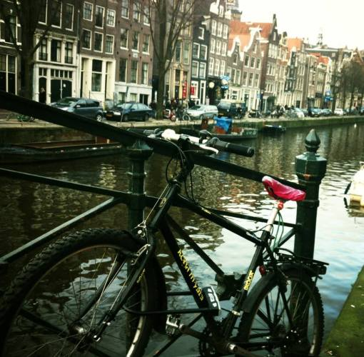 Amsterdam: Bikes, canals, croissants and Van Gogh, in 24 hours