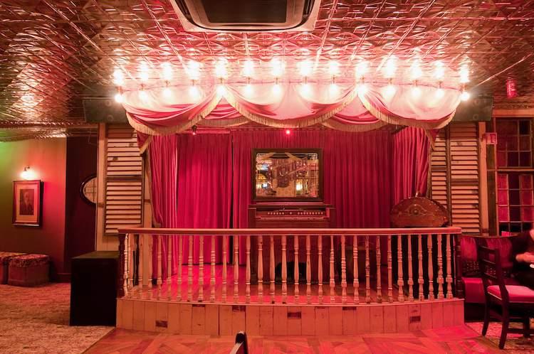 The Liquor Rooms hosts the Salon Series