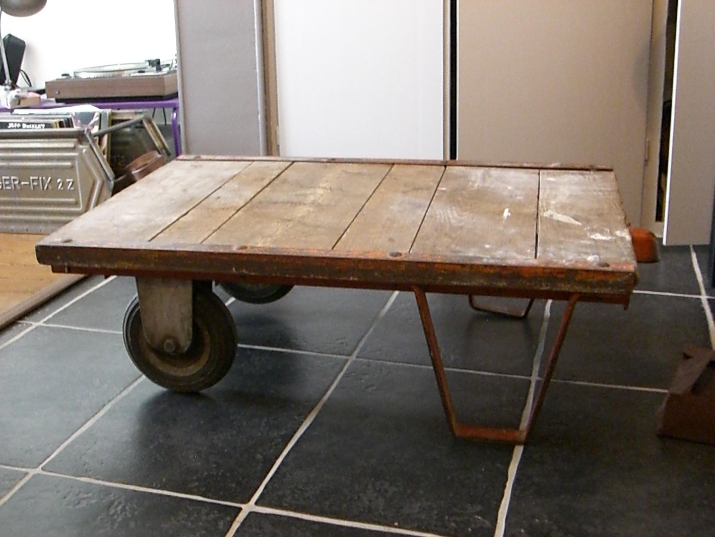 Table Basse Palette Industrielle Duboisetdumetal