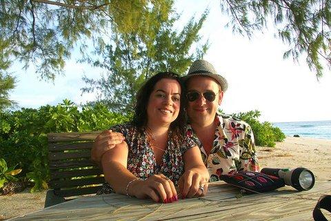 honeymoon registry etiquette tipsj