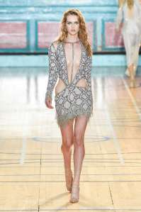 julien-macdonald-fashion-week-spring-summer-2017-london-womenswear-013