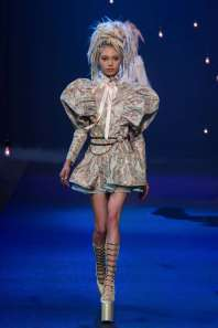 marc-jacobs-catwalks-spring-summer-2017-new-york-womenswear-001