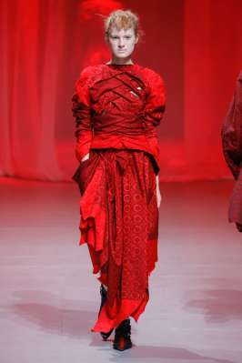 aganovich-fashion-week-spring-summer-2017-paris-womenswear-017