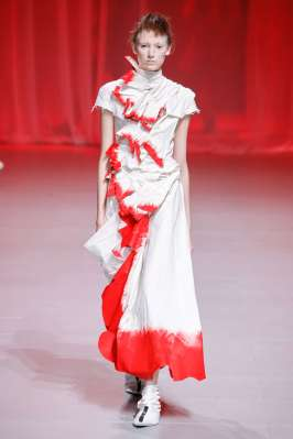 aganovich-fashion-week-spring-summer-2017-paris-womenswear-018