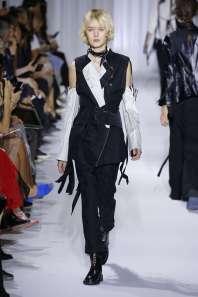 ann-demeulemeester-fashion-week-spring-summer-2017-paris-womenswear-021
