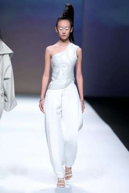 a28sealy-spring-summer-2017-shanghai-womenswear-catwalks-006