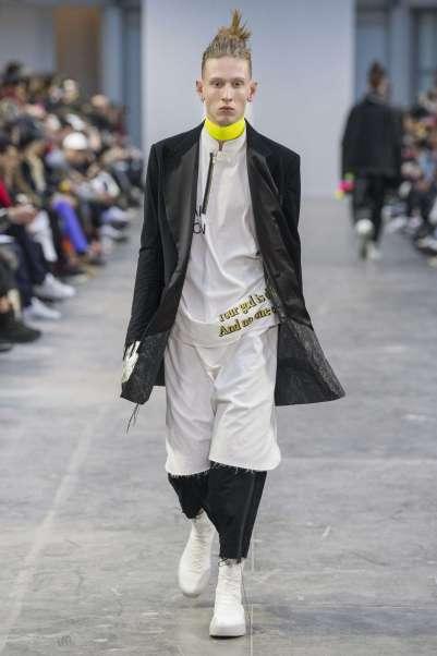 sankuanz-fall-winter-2017-paris-menswear-catwalks-005