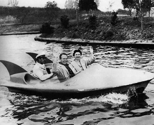 Disneyland's Tomorrowland Phantom Boats [Closed]