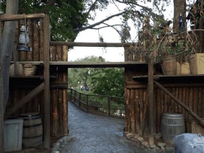 Hidden Path To Frontierland