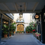 Lands in Pictures: New Orleans Square