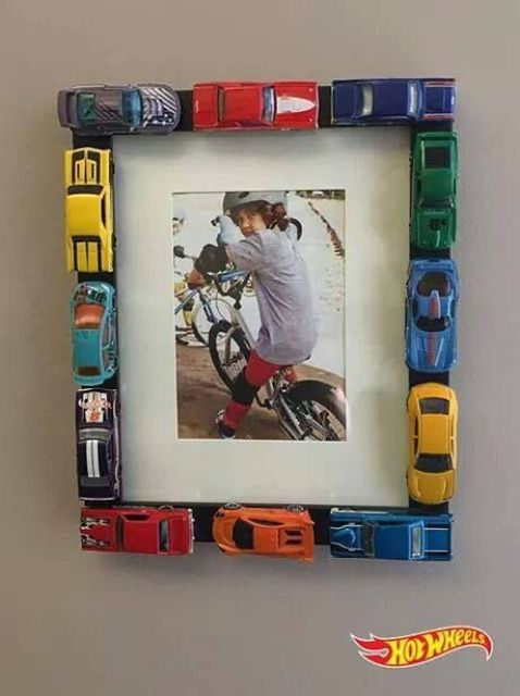 boys room picture frame, toys, DIY
