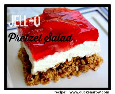 Jell--O pretzel salad #strawberry #dessert #jellorecipes Ducks 'n a Row