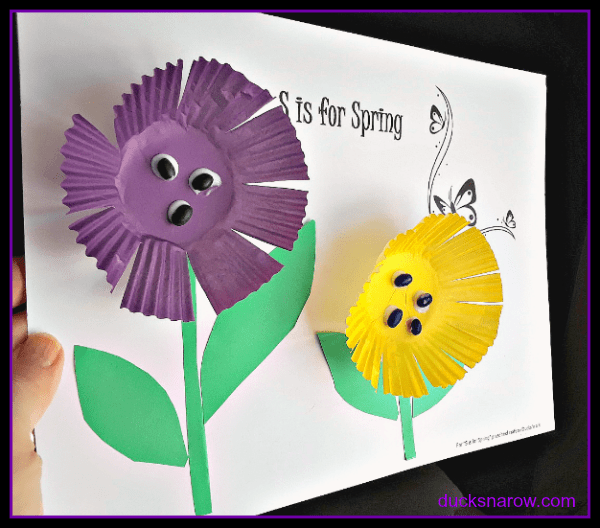 Kids spring craft - flowers made from cupcake liners #crafts