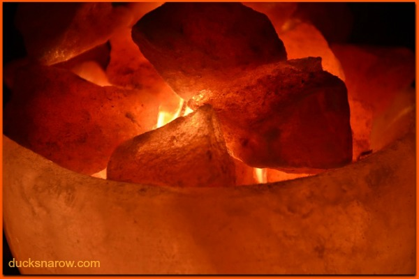 Himalayan Salt Lamps are used to clean the air #tips #ad