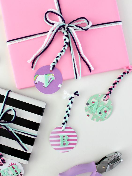 Braided gift tags