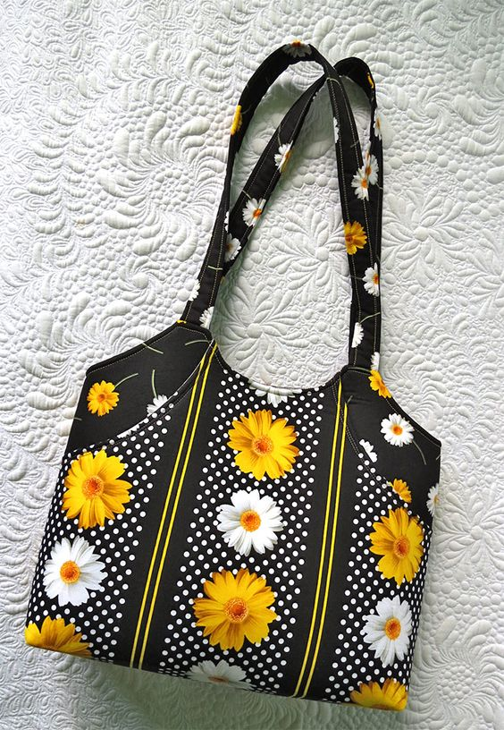 DIY tote bags and patterns, too #DIY