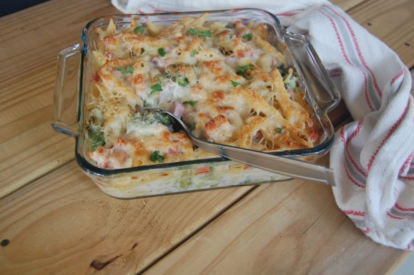 white sauce casserole recipe from Little Frugal Homestead