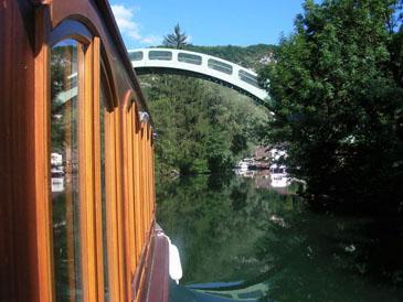 Photo 156-le Chanaz sous le pont
