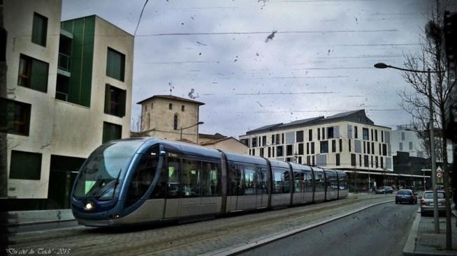BLOG-20150218_172420 tram et vieille église Mérignac avenue Maréchal Leclerc