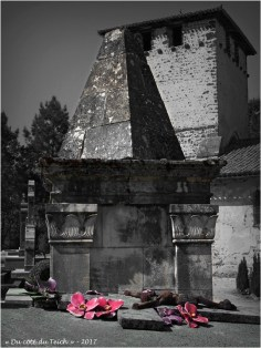 BLOG-P4108538-cimetière église St Pierre de Mons N&R