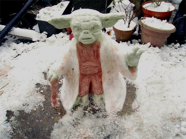 Yoda-Snowart