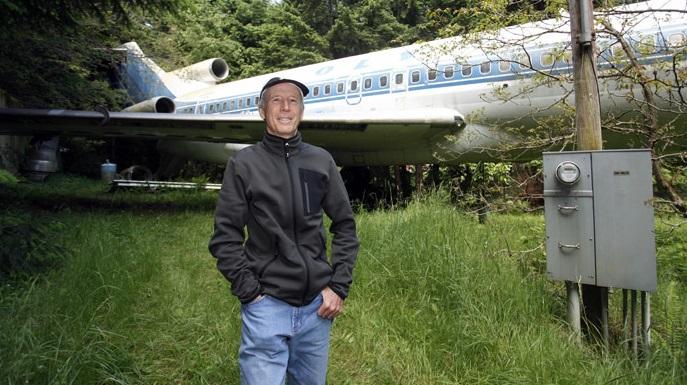 air plane man cave