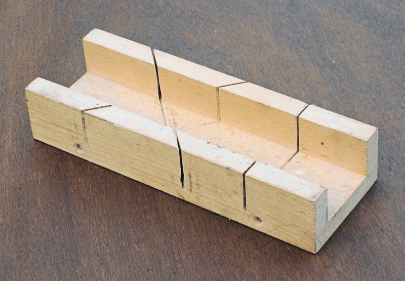 how to make a mitre box