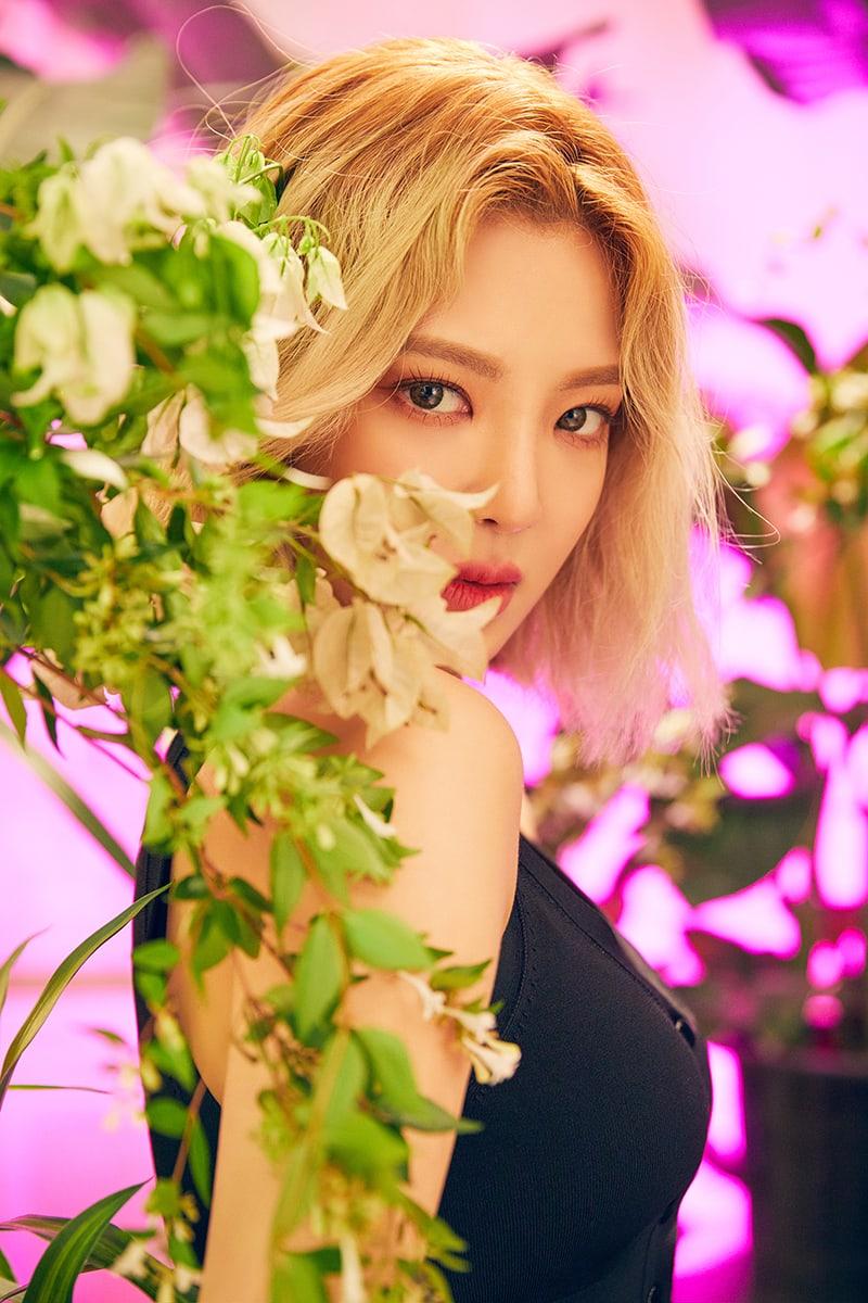 hyoyeon-1