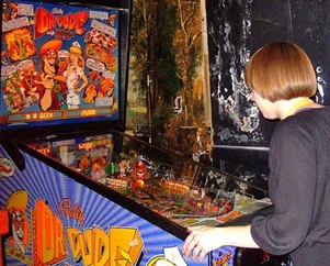 dr-dude-pinball-machine