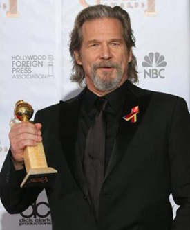 """95655717...Actor Jeff Bridges poses with his award for best performance by an actor in a motion picture - drama for """"Crazy Heart"""" in the photo room at the 67th Annual Golden Globe Awards at the Beverly Hilton Hotel in Beverly Hills, California, January 17, 2010.  AFP PHOTO / Valerie Macon (Photo credit should read VALERIE MACON/AFP/Getty Images)"""