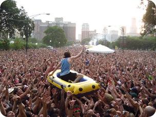 dudeist crowd