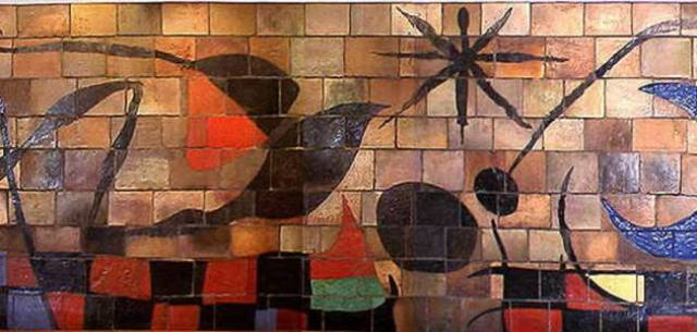Joan Mirò, il murales Sole e Luna realizzato per il palazzo dell'Unesco nel 1958