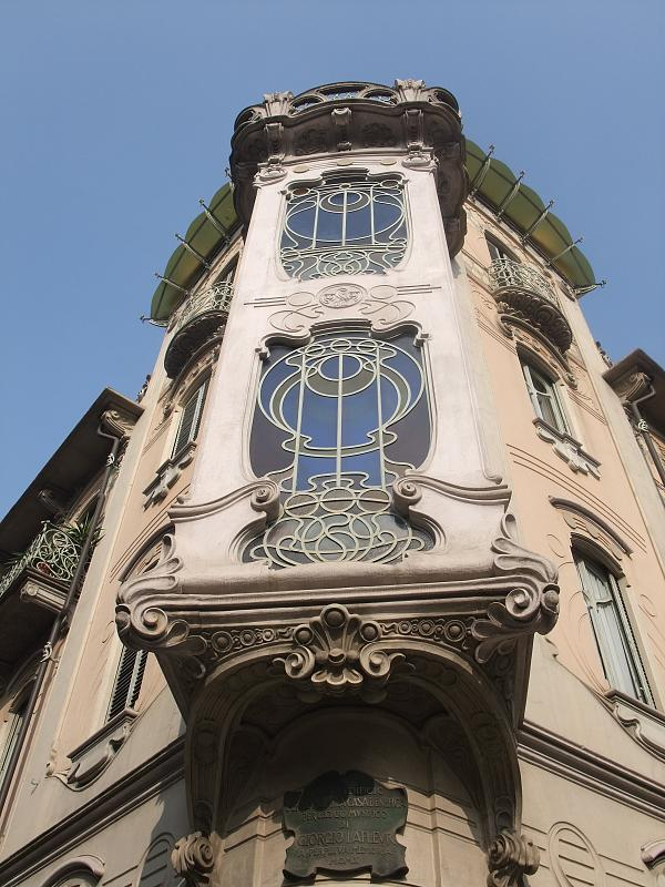 Casa Fenoglio-Lafleur a Torino,