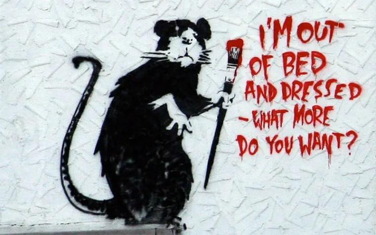 """Uno dei celebri """"rats"""" di Banksy, realizzato su un muro di Melrose Avenue a Los Angeles"""