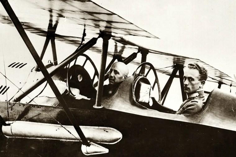 Gabriele D'Annunzio, foto impresa di Fiume