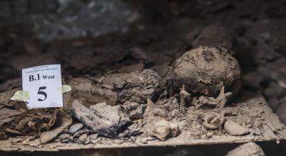 Arqueologos-descubierto-catacumbas-precedentes-Cairo_LNCIMA20170513_0035_5