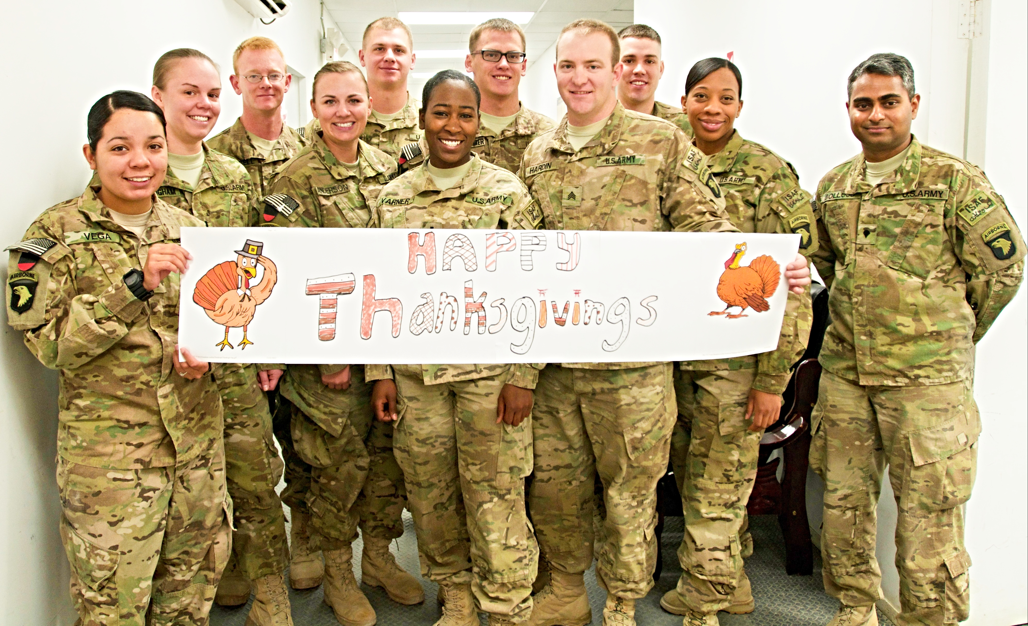 Five Ways You Can Support Our Troops During The Holidays