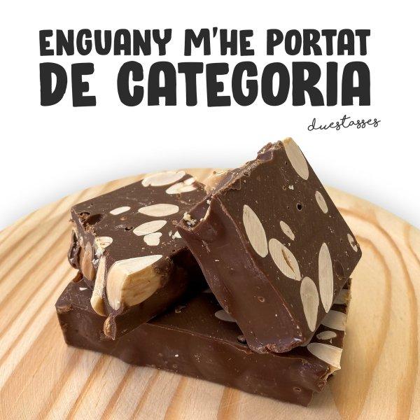 torró de xocolate amb llet i ametlla
