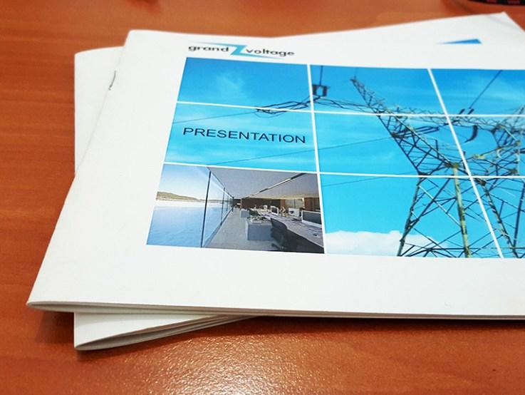 brosura print papetarie dugheana de printuri publicitate agentie de publicitate romania