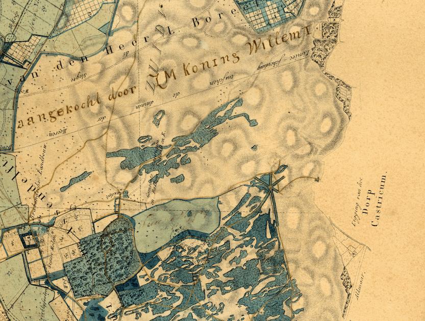 Kaart D.T. Gevers 1823 met daarop later ingetekend aankoop duin door Koning Willem 1 en bebossing; Papenberg nog niet afgegraven