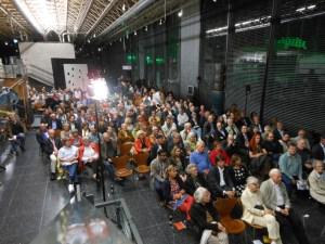 Der sehr gut besuchte Preview-Abend fand im Foyer des Lehmbruck-Museums statt.