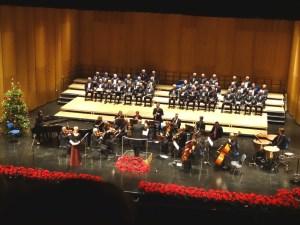 Weihnachtskonzert 2015 der Jubilaren-Vereinigung ThyssenKrupp mit dem ThyssenKrupp-Chor Duisburg und der Duisburger SInfonietta. Foto: Petra Grünendahl.