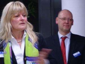 Jutta Stolle, Direktorin Gesellschafter und Nachhaltigkeit bei Haniel, und MC-Präsident Marco Pfotenhauser. Foto: Petra Grünendahl.